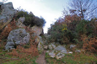 Petit passage rocheux sur la crête Est du Mandale