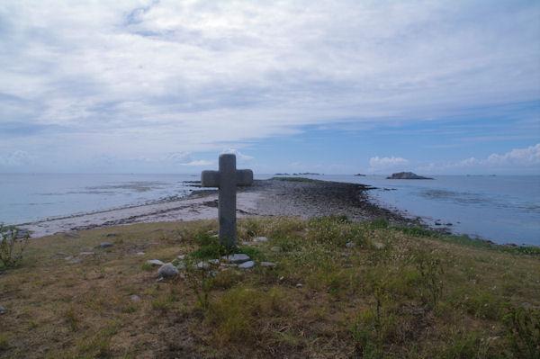 La pointe Ouest de l_Ile de St Nicolas