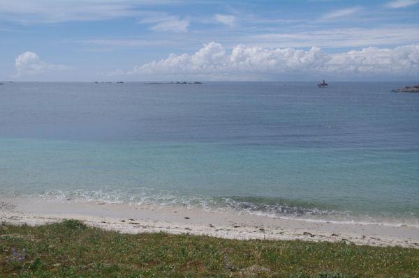 La côte Nord Ouest de l_Ile de St Nicolas