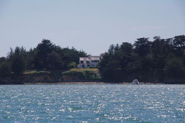 Jolie maison sur l_Ile Branec dans le Golfe du Morbihan