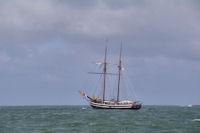 Vieux grement a la sortie du port de Lorient'Groix