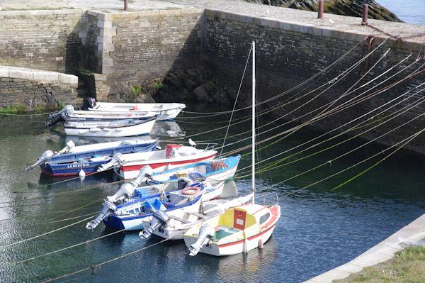 Amarrage à Port Lay sur l_Ile de Groix