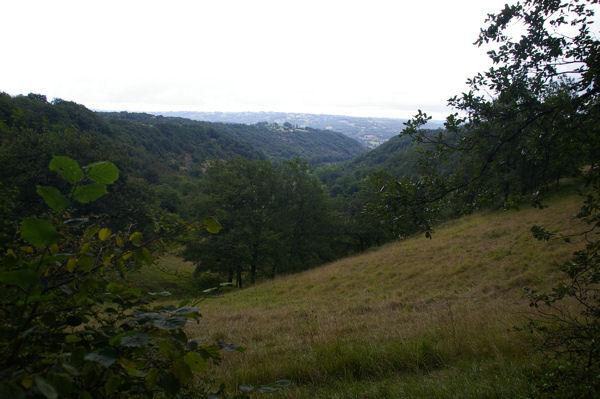 La vallée de Lunan entre La Pierre Levée et Les Ternes