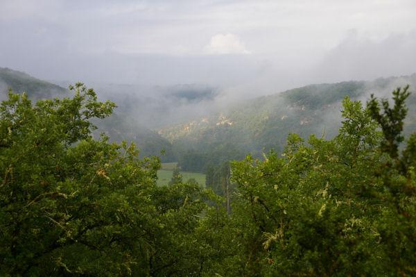 Brumes dans la vallée du Célé depuis La Bouyssière