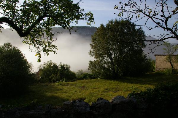 Brume montante dans la vallée du Célé