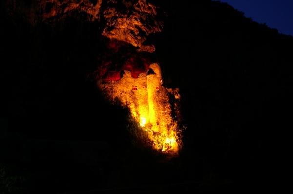 Jeux de Lumières au château du Diable à Cabrerets