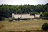 La Tour pres de Rouillac depuis le GR65