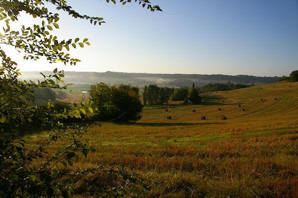 Brumes matinales vers Les Pélènes