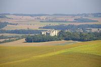 Le Chateau de Fieux depuis le GR65