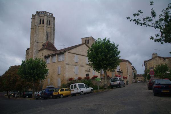 Les clochers de la Collégiale St Pierre de La Romieu