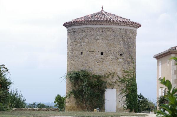 Un joli moulin à La Plagne sur le GR65