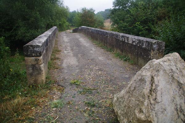 Le pont sur l_Osse