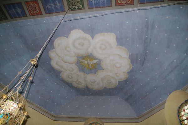 Joli plafond peint dans l_église de Lanne - Soubiran
