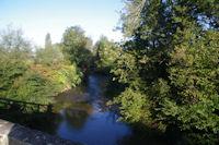 Petit pont sur le ruisseau Luy de France