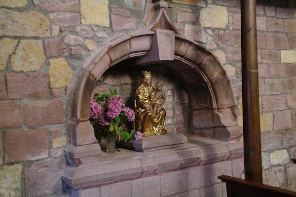 Vierge dorée dans l_église de St Jean le Vieux