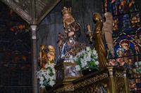 La Vierge a l'Enfant dans l'eglise de Santa María la Real