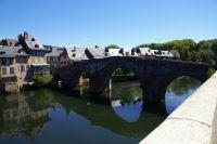 Le vieux pont sur le Lot a Espalion