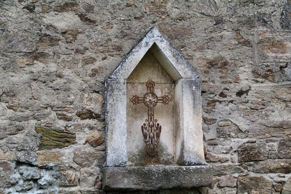 Une croix à Roumégoux