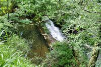 Petite cascade sur le Riou Viou