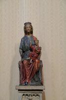 Vierge a l'enfant en bois polychrome dans l'eglise de l'abbaye St Michel a Gaillac