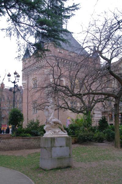 Les arrières du Capitole à Toulouse