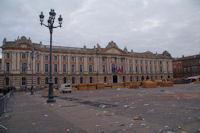 Place du Capitole, lendemain de fete…
