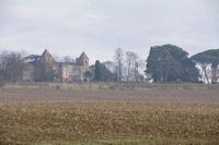 Le chateau de Degres depuis Launard