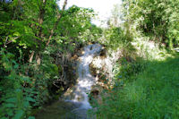 Petite cascade vers Cambon