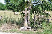 Une croix vers La Combe des Arnals