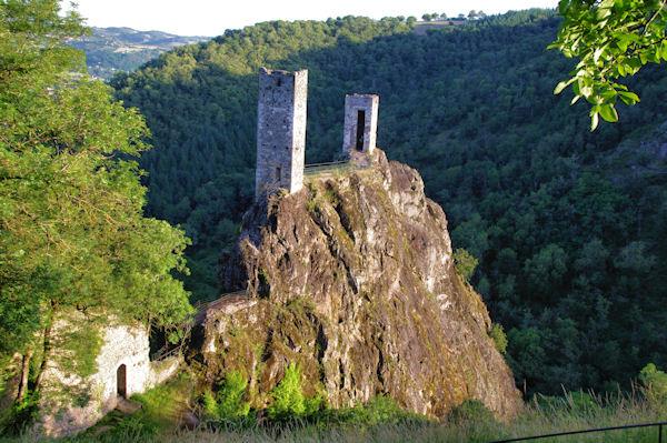 Les tours de Peyrusse le Roc