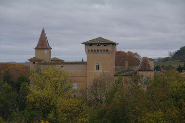 Le château de Mézens