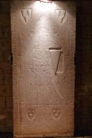 Ancienne pierre tombale dans l'eglise Notre Dame du Bourg a Rabastens