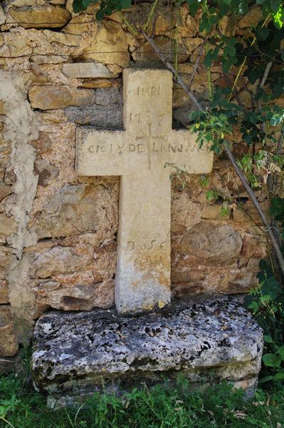 La Croix de Laminion à Mas de Castanié