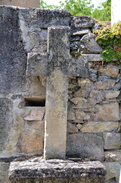 Une croix à Monteils