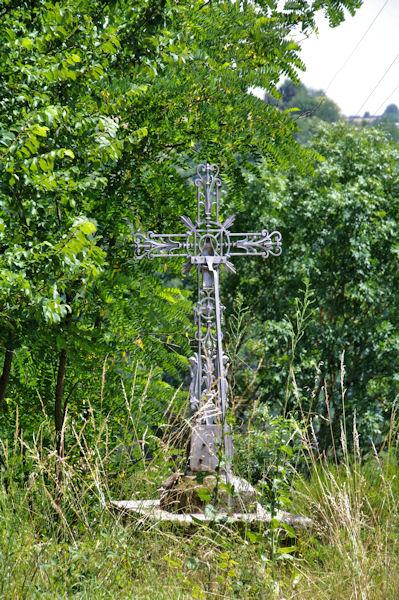 Une croix à Courbières