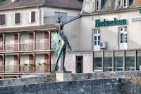 L'Archange St Michel sur le Pont des Consums a Villefranche de Rouergue