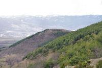 Le Puig de Llivia et son chateau ruiné