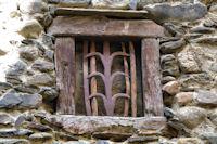 Fenêtre ancienne à Llivia