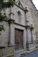 La porte de l'eglise de Llivia