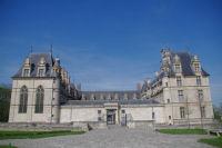 Les facades Est et Sud du Chateau d'Ecouen