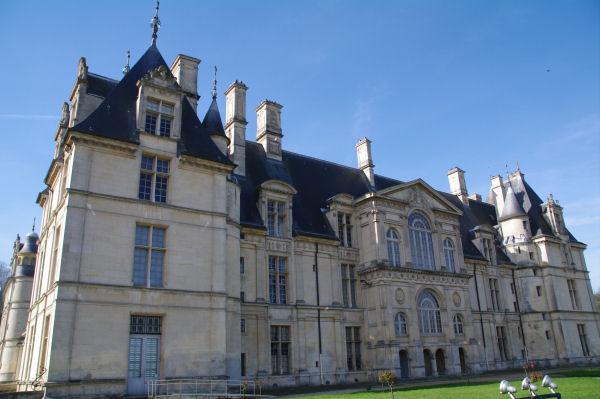 La façade Nord du Château d_Ecouen