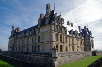 Les facades Ouest et Sud du Chateau d'Ecouen
