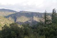 Surdespine et la Tour Regine depuis le vallon de l'Avelanet