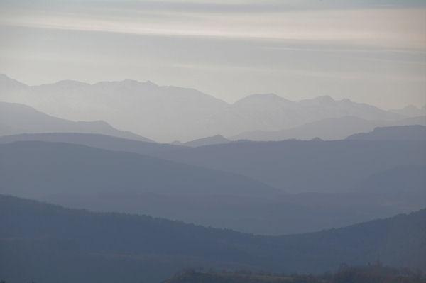 Les Pyrénées ariègeoises depuis Roques