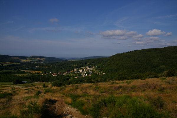 Vue de Pradelles Cabardès depuis le GR37
