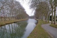 Le Canal du Midi apres l'ecluse de la Mediterranee