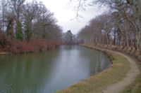 Le Canal du Midi vers La Barrel