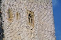 Une des tours du chateau de Puivert