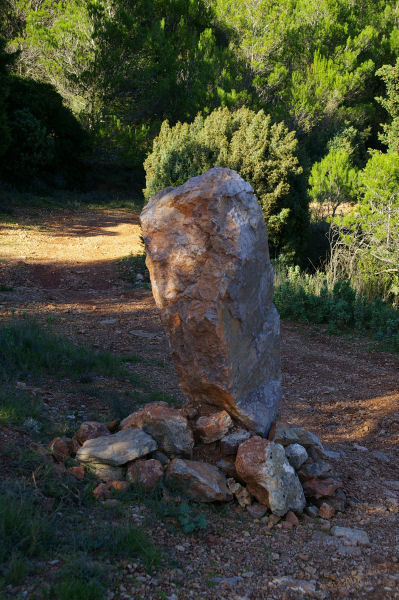 Une pierre levée