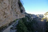 Le chemin en balcon au dessus du Briant